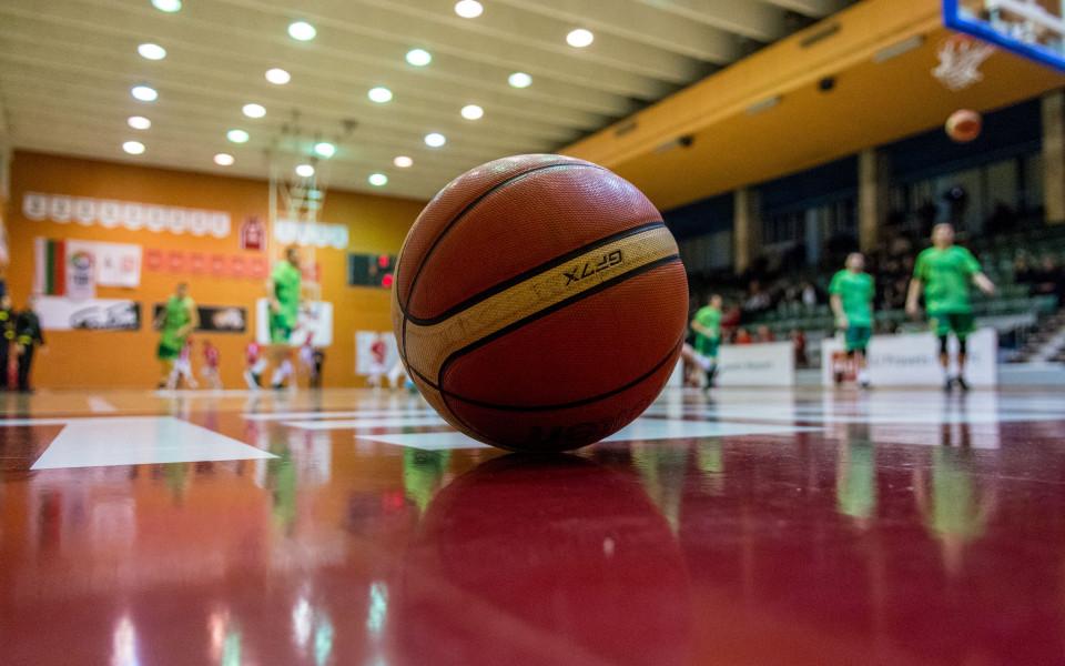 Прекратиха баскетболното първенство 15