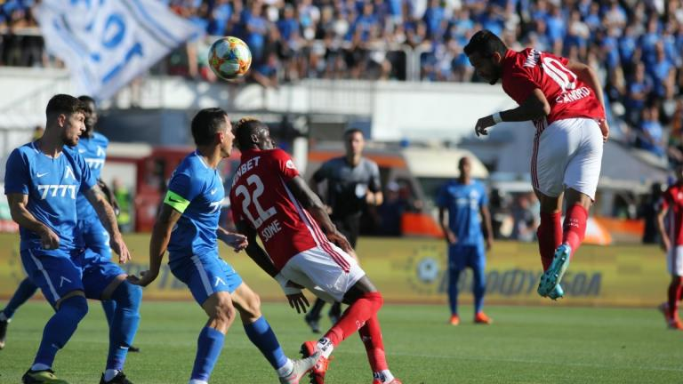 Efbet Лига ще се рестартира с по пет смени на мач 1