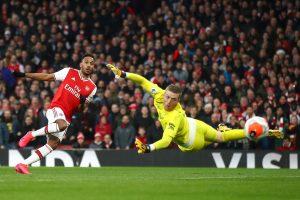 Арсенал победи Евертън в драматичен мач