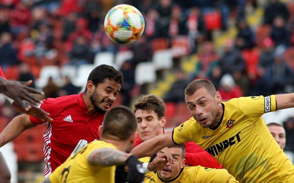 Ботев и ЦСКА не си вкараха гол и запазиха интригата за реванша 1