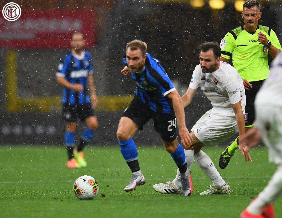 Интер не успя да победи Фиорентина и приключи с борбата за титлата 1