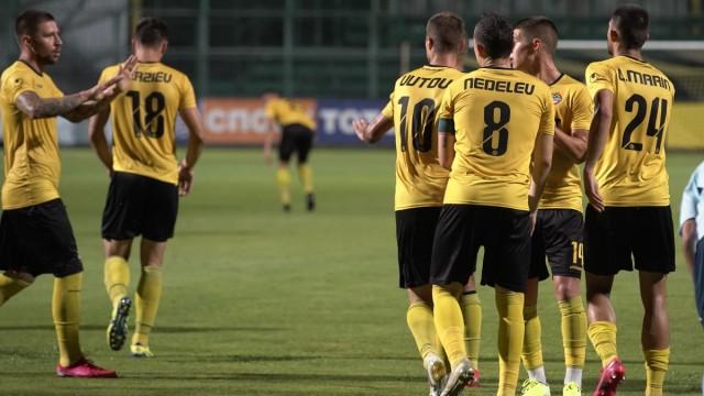 Официално: Четирима напускат Ботев Пловдив 1