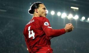 Ливърпул предлага нов договор за 7 години на Върджил ван Дайк