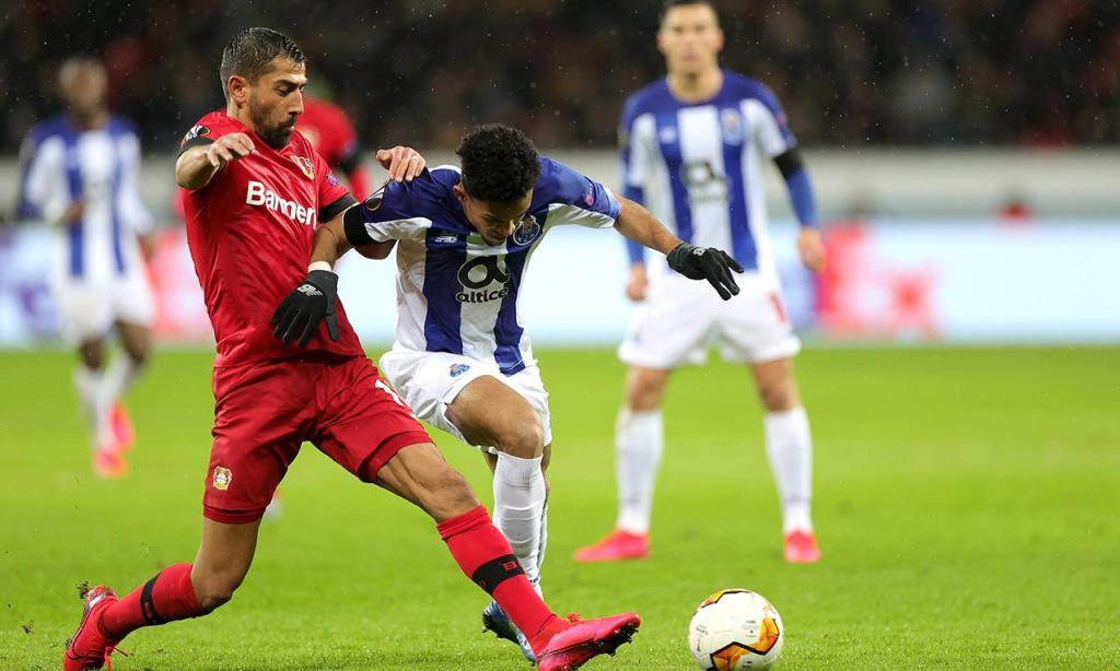 Байер Леверкузен с едни гърди напред срещу Порто след първия мач 1