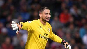 Двама играчи на Милан са с коронавирус преди днешия мач с Рома