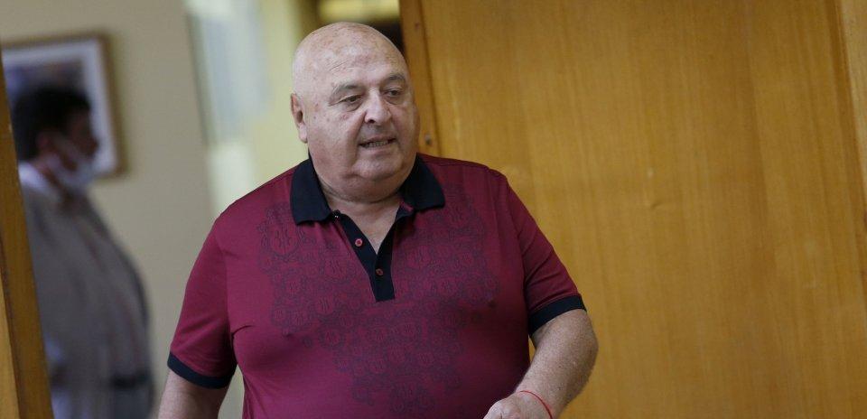 Венци Стефанов е с COVID-19, приеха го в болница 12