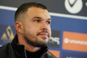 Божинов: Футболът се промени, но не съм забравил да го играя