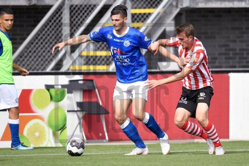 Елитен холандски отбор привлече български защитник