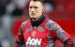 Екипът на Манчестър Юнайтед разтърси феновете, подигравките валят