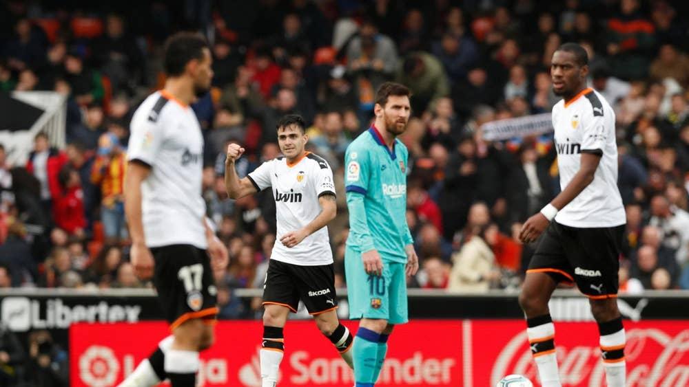 Валенсия пропусна да разгроми Барселона – спечели само с 2:0