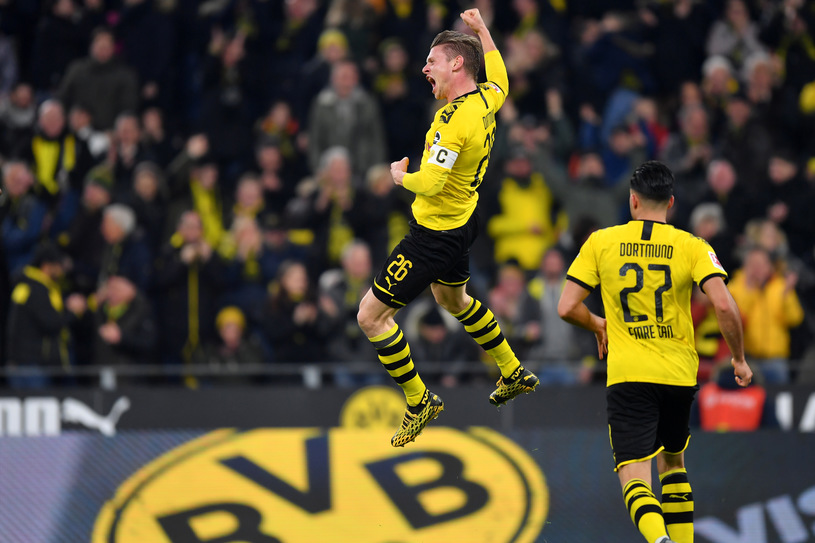 Борусия Дортмунд разби Айнтрахт на старта на 22-рия кръг в Бундеслигата
