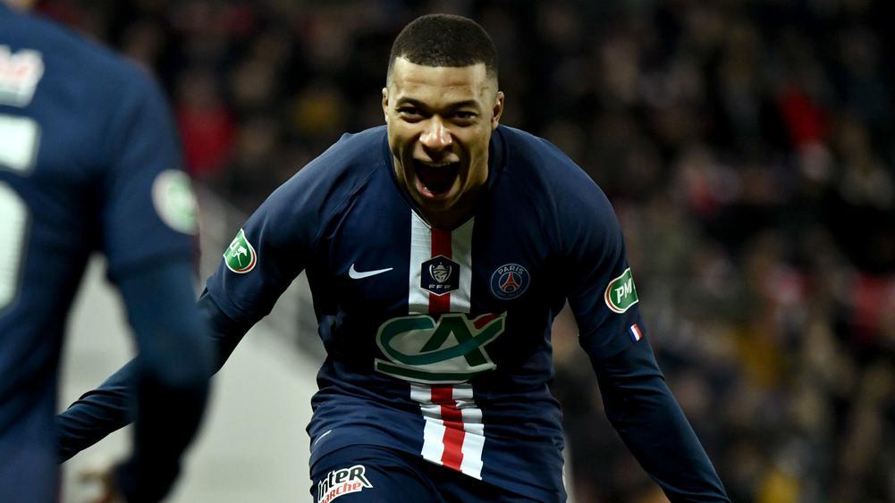 ПСЖ разгроми Дижон и е на 1/2-финал за Купата на Франция 1