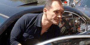 Божков остава в Дубай с рeзидeнтcкa визa, търгува с апартаменти в София