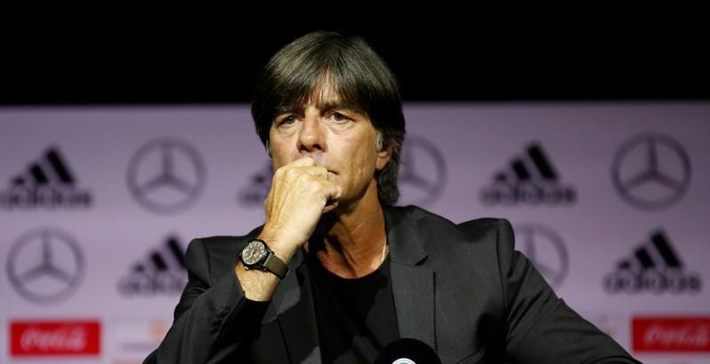 Льов остава начело на Бундестима, въпреки унизителното 0:6 3