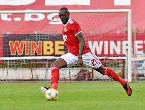 Халф на ЦСКА игра 56 минути в квалификация за Купата на Африка