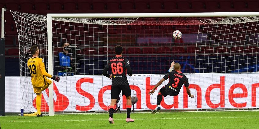 Автогол донесе три точки на Ливърпул в двубоя срещу Аякс 1