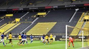 В Германия отново затварят стадионите за фенове