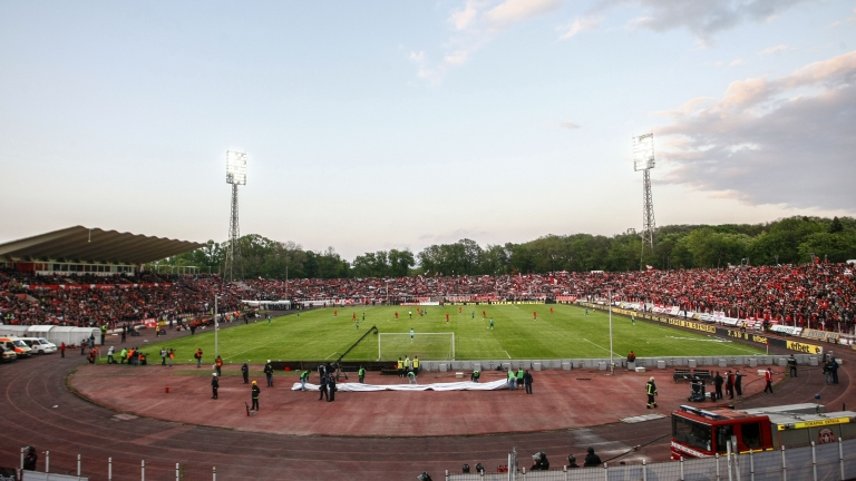 Българският лекарски съюз поиска затваряне на стадионите 1
