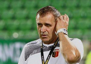 Бруно Акрапович ще тества германски бранител