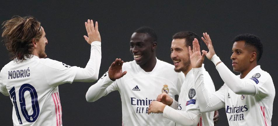 """Видал саботира Интер и """"нерадзурите"""" отстъпиха у дома пред Реал 19"""