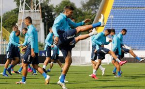 Левски проведе открита тренировка, Славчев и Робърта са на линия