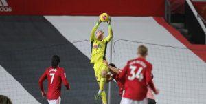 Претендентът за титлата Юнайтед се издъни срещу последния Шефилд