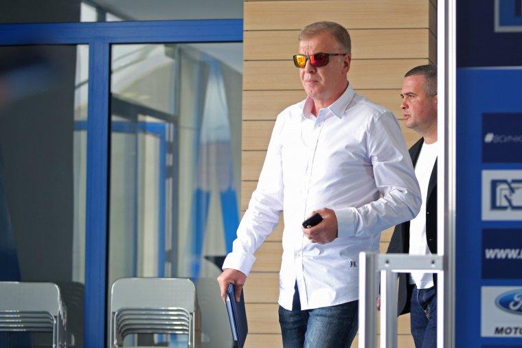 Сираков получава помощ за селекцията от бивши играчи на Левски 1
