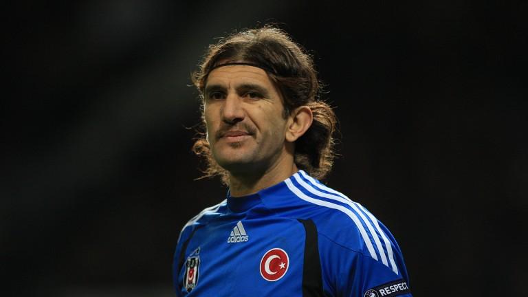 Легенда на турския футбол е в критично състояние заради коронавируса