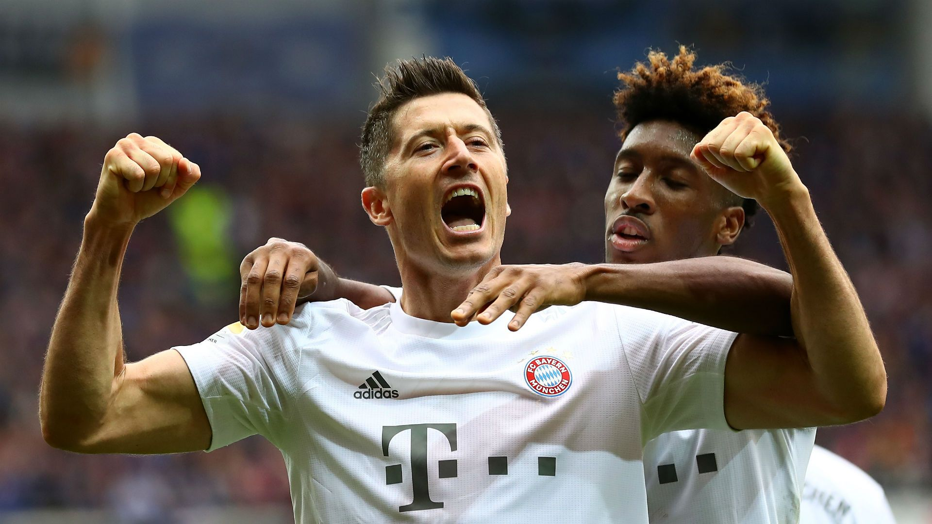 Левандовски измъкна Байерн Мюнхен от провал срещу последния в Бундеслигата 1