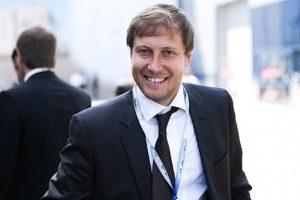 Синът на руския милиардер кацна в София, тръгна за Пловдив