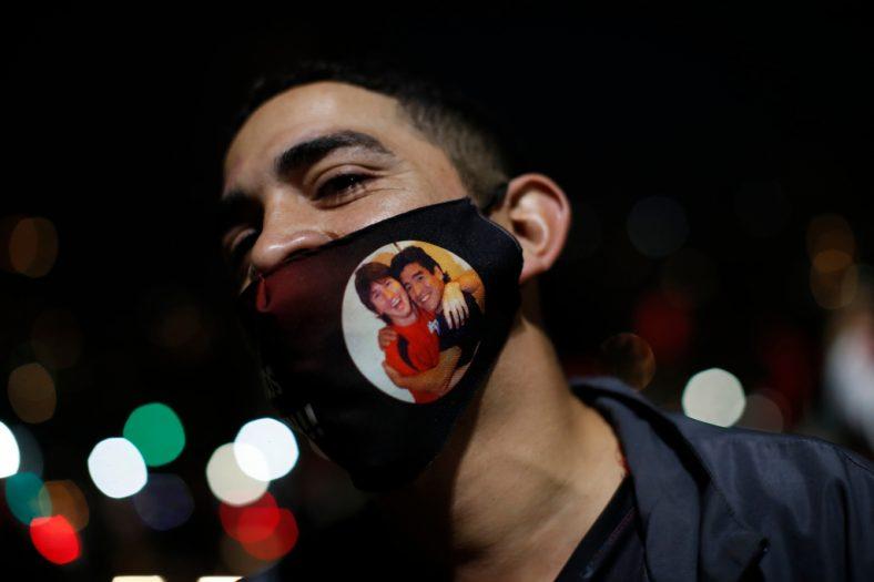 Зрелищен парад в Росарио подкани Меси да се върне у дома 2
