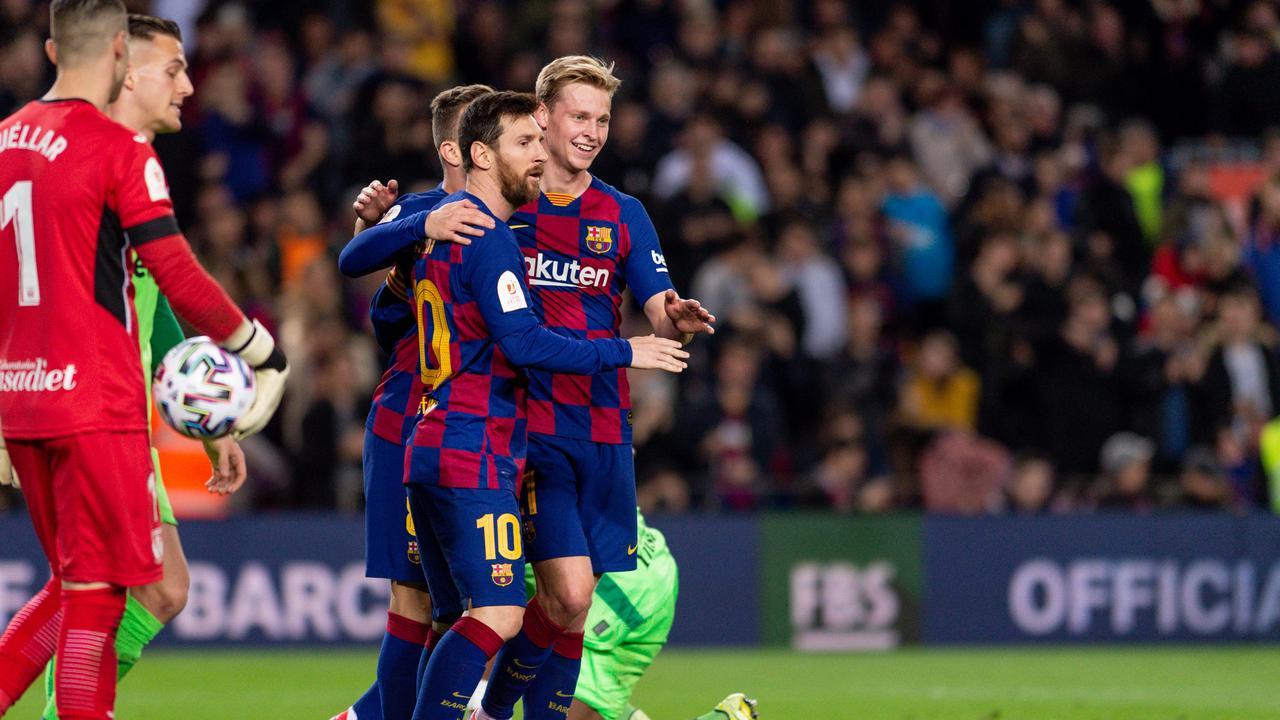 Сериозно напрежение между футболисти и шефове в Барселона 1