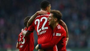 Баварската машина отново вкара 8 гола, сгази Шалке 04 на старта