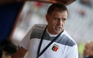 Бесен Бруно Акрапович изригна срещу БФС