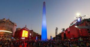 Неугасваща любов: над 1 милион души за погребението на Дон Диего