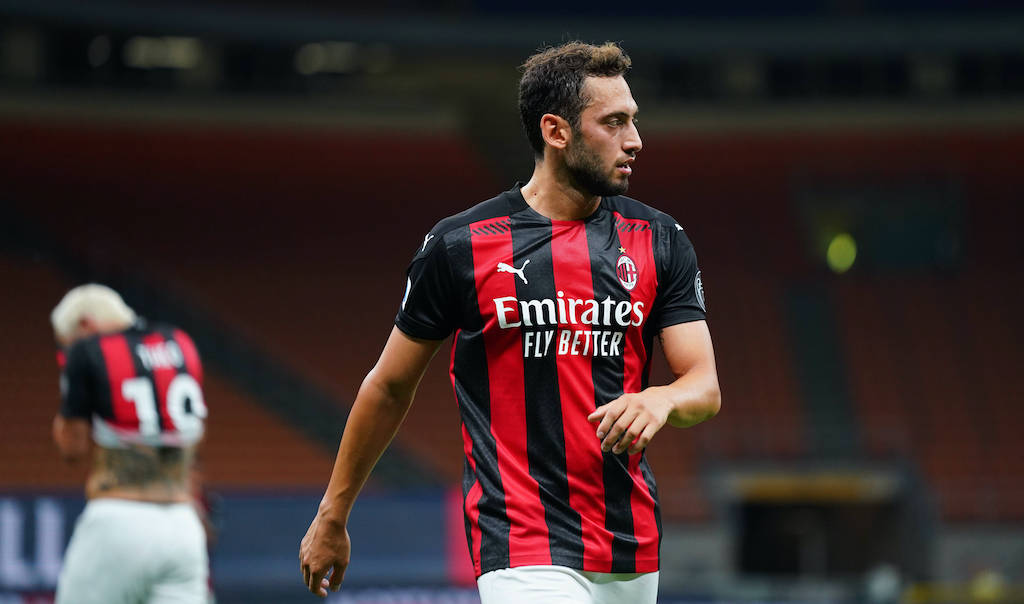 Милан се надява да поднови договора на турски национал 1