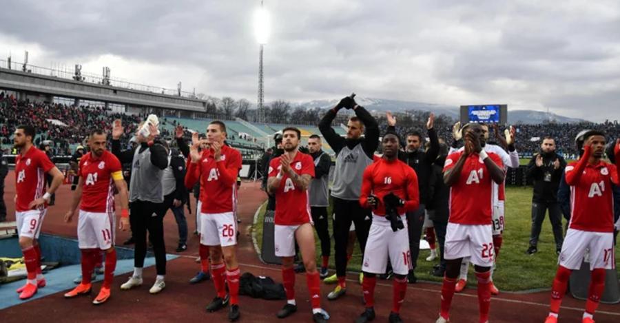 ЦСКА лапа тлъсти пачки, ако бие Левски или Лудогорец
