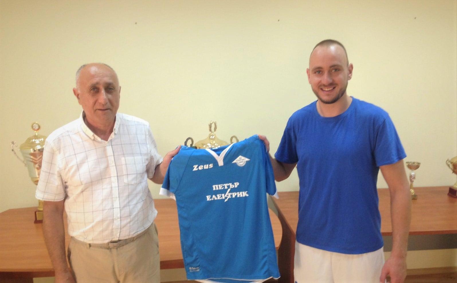 Спортист Своге привлече двама от Първа лига 1
