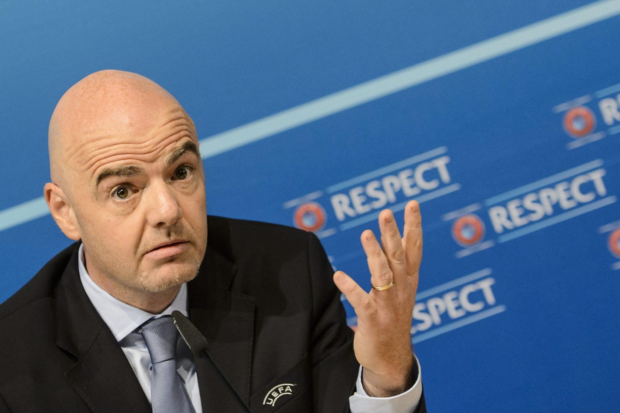 Президентът на ФИФА: Не трябва да се избързва с подновяването на сезона 1