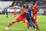 Интер продължава да мечтае, повали и Леверкузен