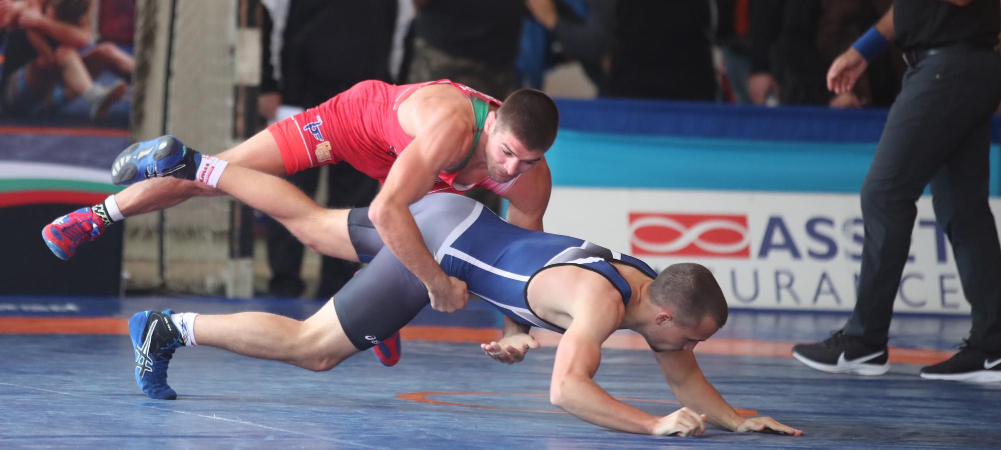 Иво Ангелов прегази опонентите и е на полуфинал 1