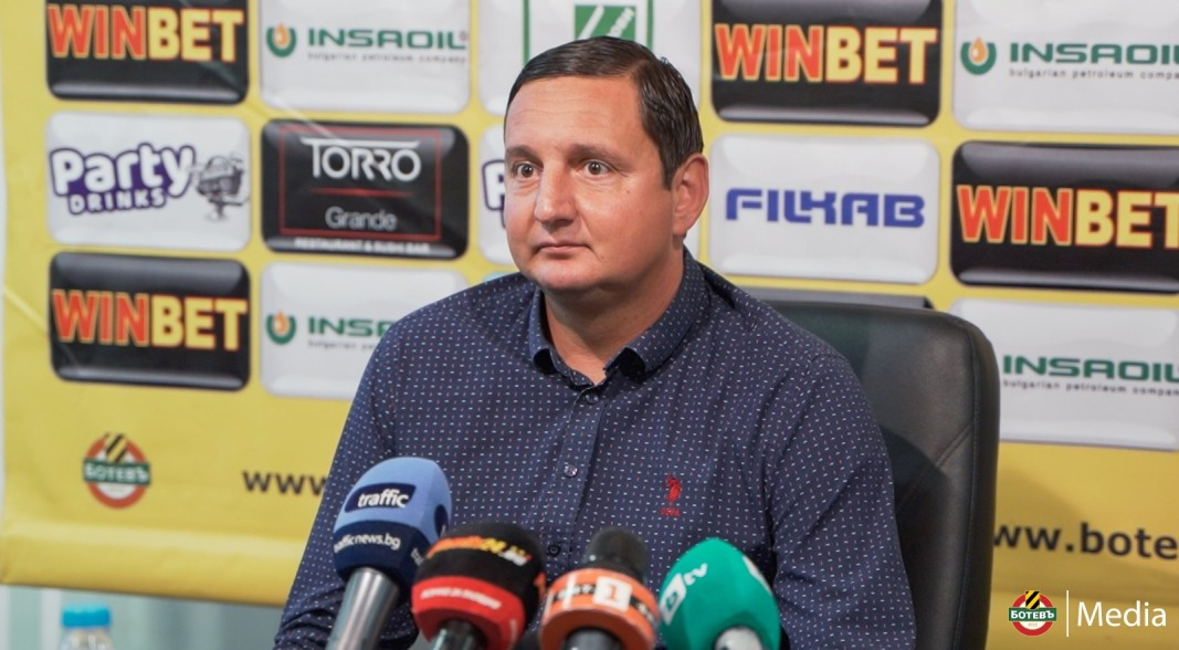 """Тревожен Караславов:""""Дано не последваме Левски"""" 1"""