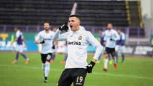 Венци Стефанов потвърди за италианския трансфер на Кръстев