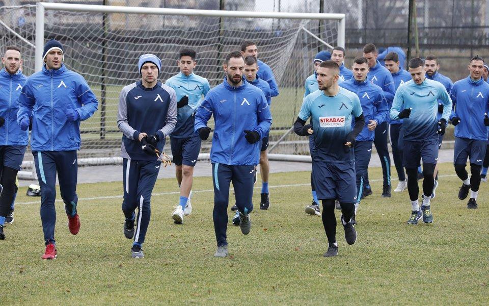 Часове след гостуването на Етър - Левски играе контрола 1
