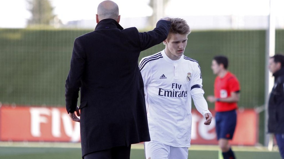 Зинедин Зидан: Дайте време на Мартин Йодегор и ще успее в Реал 1
