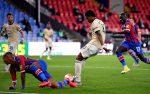 Ман Юнайтед остана в битката за Топ 4 с комфортна победа над Палас