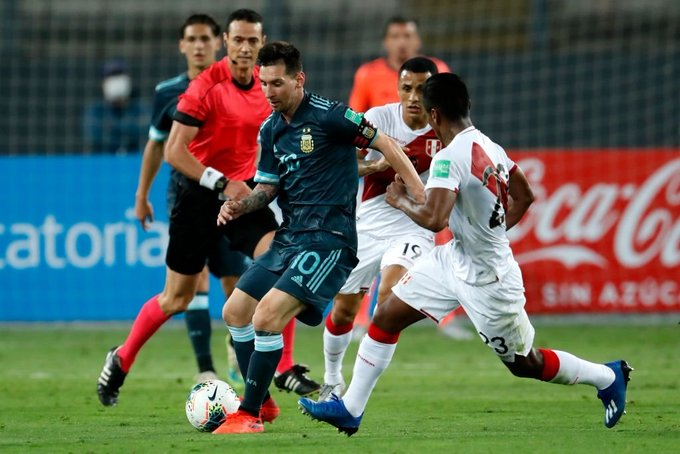 Аржентина най-после победи в Перу 8