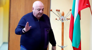 Президентът на Славия – Венци Стефанов, разкритикува космическите заплати в Левски