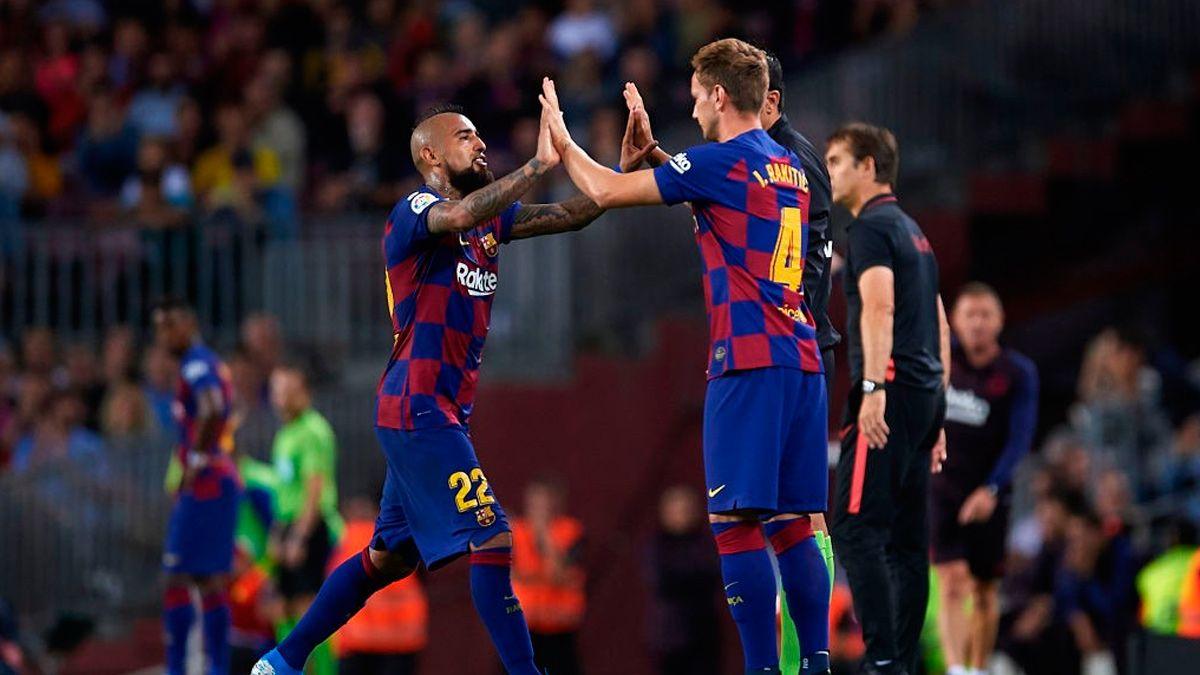 Барселона разпродава половината отбор през лятото 1