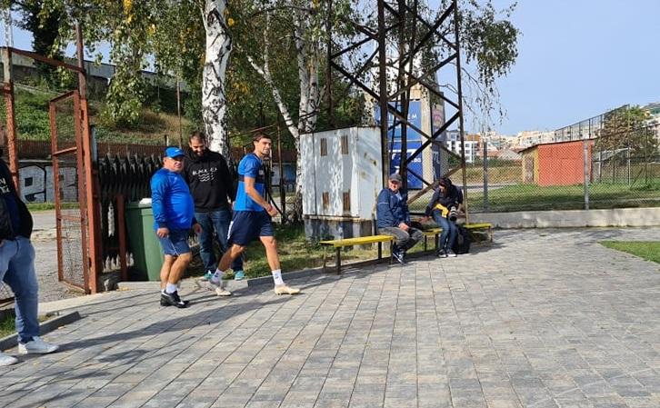 ОФИЦИАЛНО: Райнов подписа и поднови тренировки с Левски 1